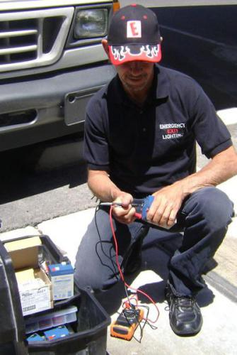 E-lights Specialists at Work